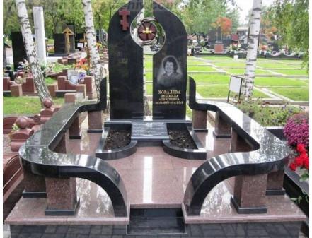 Стоимость памятника: от чего зависит и как определить